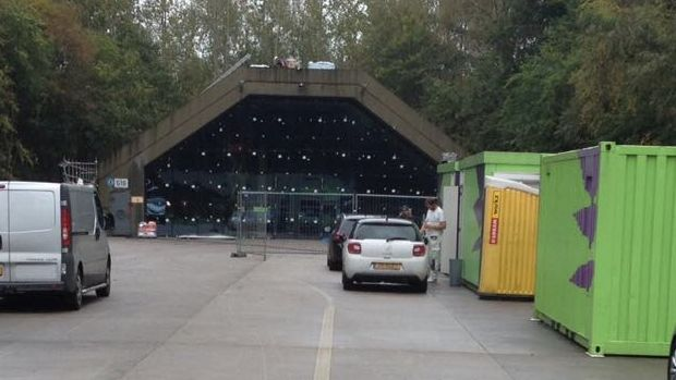 Verbouwing voormalige F16 shelter